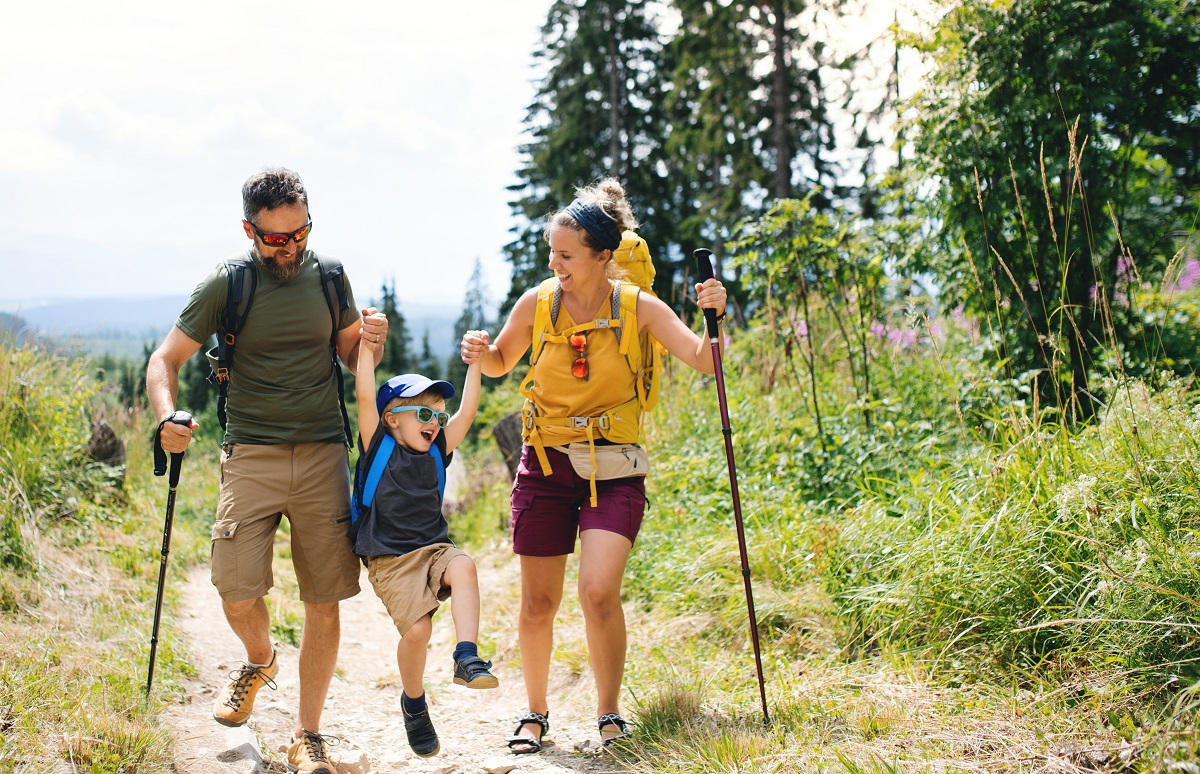 Keeping Young Children Safe During a Hike