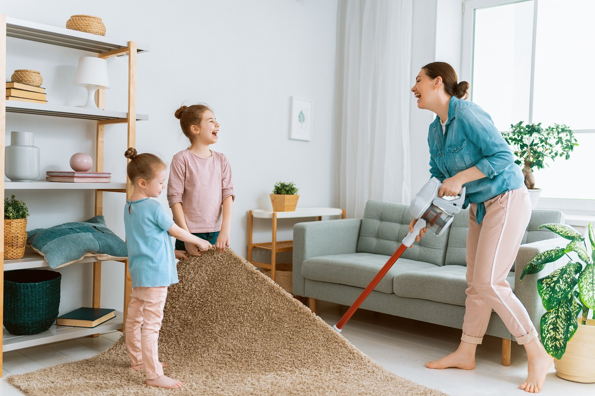5 Spring Cleaning Tips to Create a Tidy Living Environment